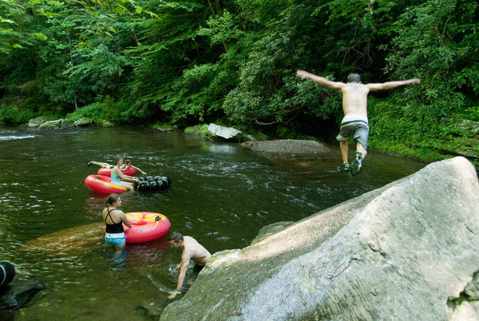 What To Do In Bryson City Nc Rafting Paddleboarding
